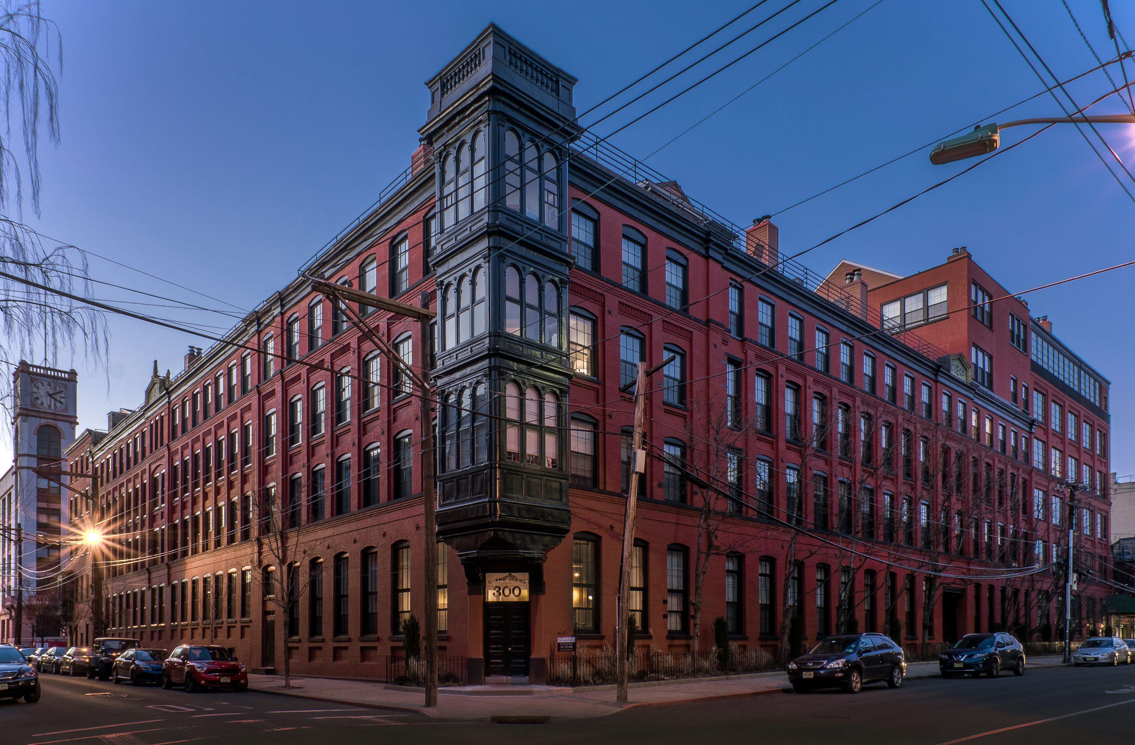 Grand Adams Apartments – Hoboken, NJ